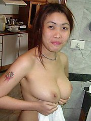 Boyfriend submits pics of his perfect tit Thai girlfriend
