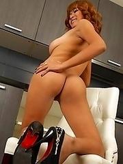 Sexy Asian Babe Muei Naked